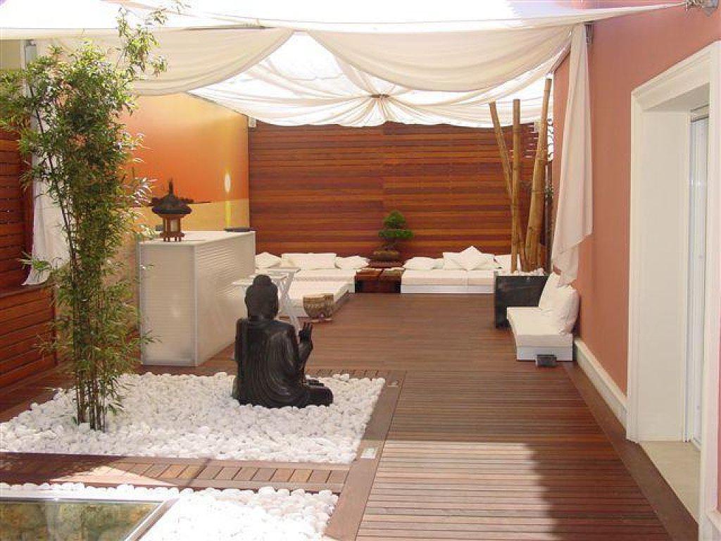 10 ideas para decorar tu terraza bigmat matar - Terrazas pequenas con encanto ...