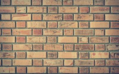 Las claves para limpiar ladrillos antiguos
