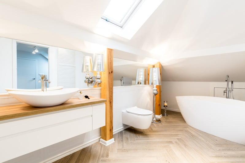 Cuáles son los mejores azulejos para un baño moderno?