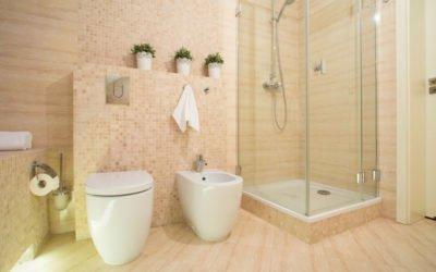 Renueva tu bañera por un práctico y moderno plato de ducha a medida